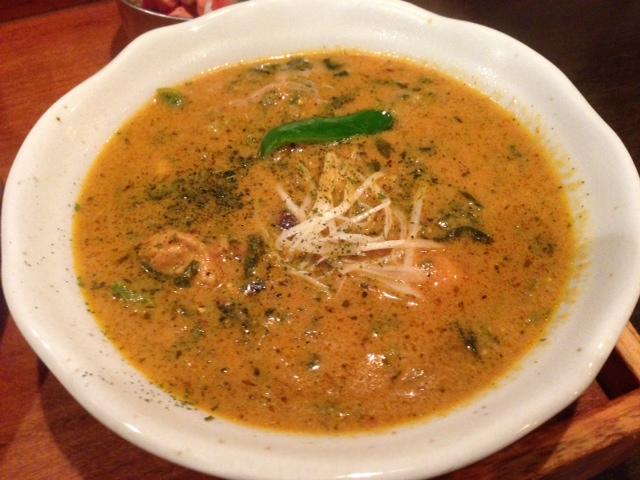 鶏と法蓮草の印度カレー
